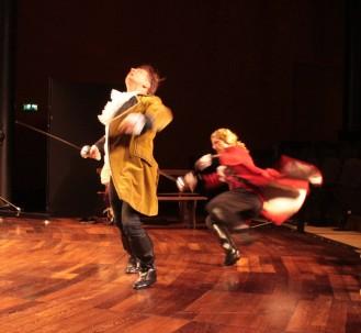 Le duel des prétendants, Don Carlos et Don Esteban