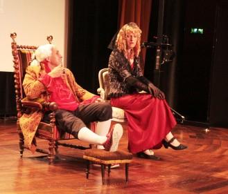 Le vice-roi et Madame, la cousine du vice-roi